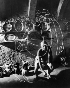 Gjon Mili, Picasso Draws a Centaur in the Air, 1949