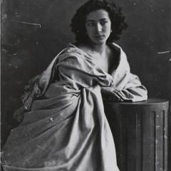 Felix Nadar, Sarah Bernhardt, 1865