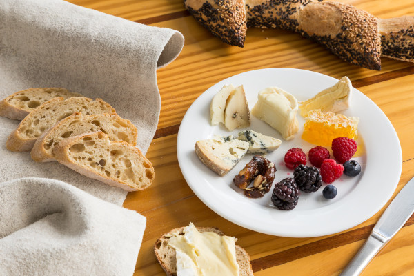 Florida Based Food Photographer Aric Attas, Cheese & Fruit Plate, Patisserie Vero Beach, Florida